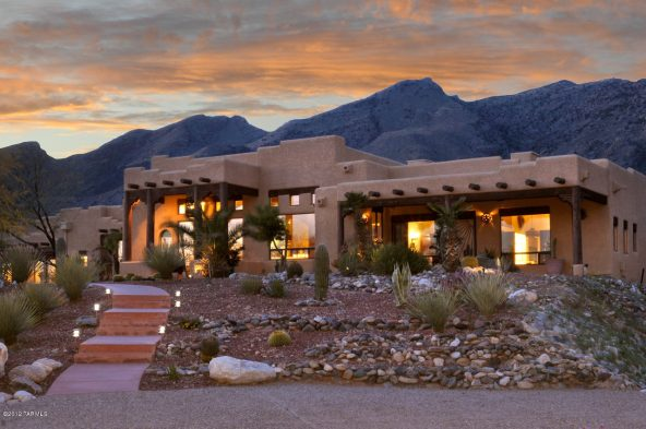 Wise Time for Luxury in Tucson